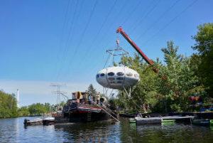 Mobilkran am Wasser