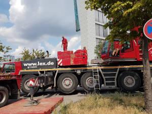 Mobilkran im Einsatz in Berlin